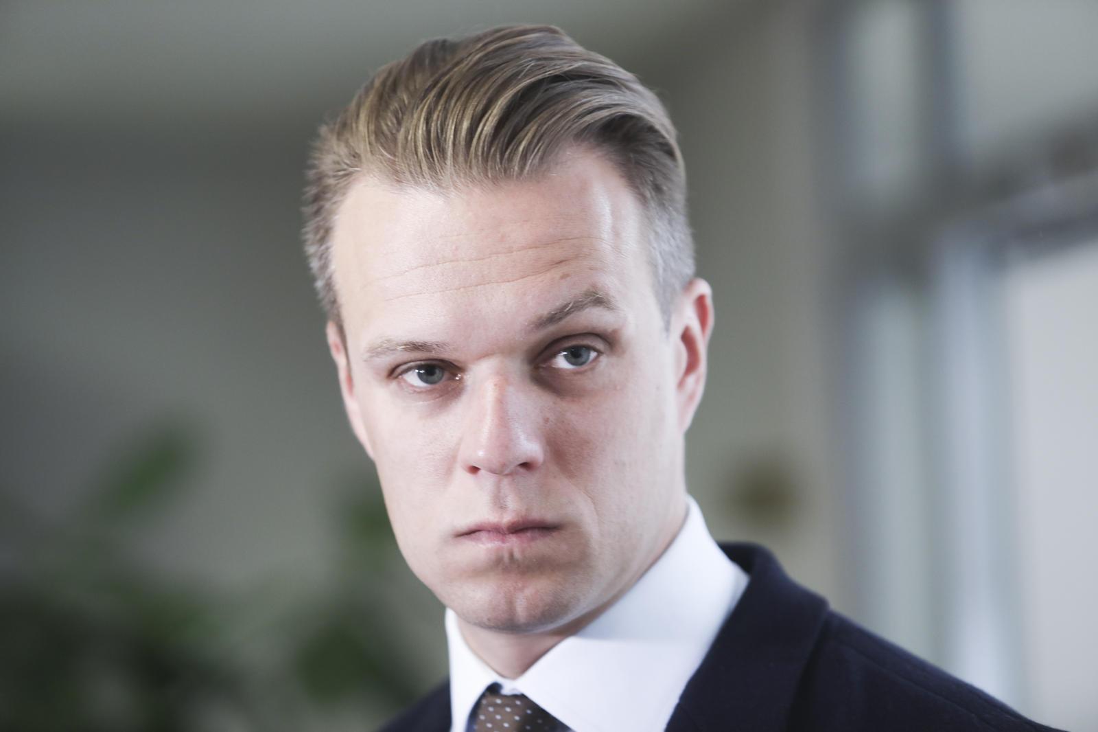 G. Landsbergis, kitų partijų vadovai ragina pašalinti V.Orbaną iš ...