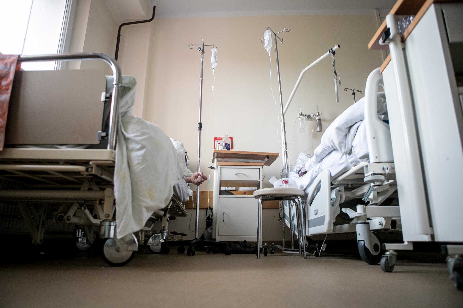 Dėl COVID-19 atsidūrusieji ligoninėje: nesiskiepijau ir nesigailiu   KaunoDiena.lt - Kauno diena