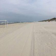 Išvalė paplūdimių smėlį