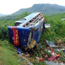 Vietname per autobuso avariją žuvo norvegų pora, dar 14 žmonių sužeisti