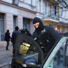Vokietijoje vykdomi reidai prieš įtariamus ultradešiniuosius ekstremistus