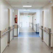 Vilniaus ligoninėje neišgyveno pro buto langą iškritęs vyras