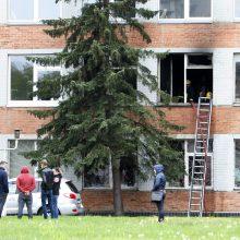 Klaipėdos centre driokstelėjo sprogimas: pro langą iššoko apdegęs žmogus