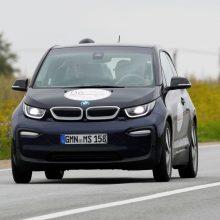 BMW šiais metais tikisi padvigubinti tik elektra varomų automobilių pardavimus