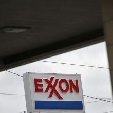 """Naftos milžinė """"ExxonMobil"""" ketina atleisti apie 13 tūkst. darbuotojų"""