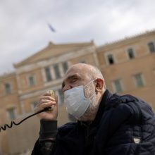 Graikija dar savaitei pratęsia karantiną