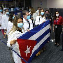 Kuba skelbia, kad piliečius skiepys savos gamybos vakcina