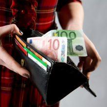 Vyriausybė nusprendė meno kūrėjų prastovų skyrimą sieti su gaunamu pajamų dydžiu