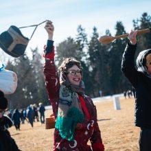 Rumšiškėse žiemą iš kiemo varė su tradicinėmis ristynėmis