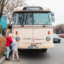 Savanorių prospektas tapo gatvės meno galerija: atsisveikino su senais troleibusais