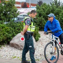 Policijos akiratyje – dviračių ir paspirtukų vairuotojai: nustatyti 54 pažeidėjai