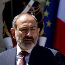 N. Pašinianas žada pasiūlyti Baku iškeisti savo sūnų į armėnus karo belaisvius