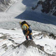 Pakistane žuvo į viršukalnę mėginęs įkopti škotų alpinistas