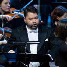 Operos solistas R. Karpis: neturiu niekam įrodinėti savo meilės šitam kraštui