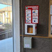 Gyvybę gelbstintis defibriliatorius: jų rasite visoje Lietuvoje, o naudotis paprasta