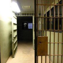 Marijampolės pataisos namų pareigūnės įtariamos piktnaudžiavimu tarnyba