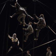 """Šiuolaikinis cirko pasirodymas """"Monstro"""": monstras yra tai, kas mus gąsdina, ir jis – mumyse"""