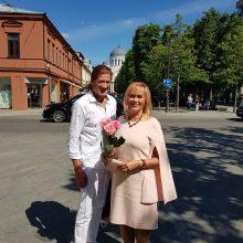 Pilnatvė: J.Petrikienė sako, kad savo paparčio žiedą jau yra atradusi – ilgą laiką moteris aktyviai reiškėsi politinėje, visuomeninėje veikloje, o šiuo metu yra laiminga žmona ir mama.