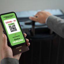 Dalyje Europos jau pradėjo veikti žaliasis sertifikatas: palengvins keliones į užsienį