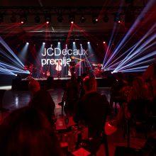 """Kviestiniams svečiams pristatyta šeštoji konkursinė paroda """"JCDecaux premija. Tarpai"""""""