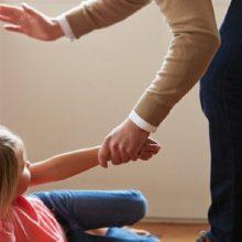 Vilniuje tėvas smurtavo prieš savo mažametę dukrą