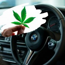 Pasislėpti nepavyko: BMW automobilyje – narkotikai