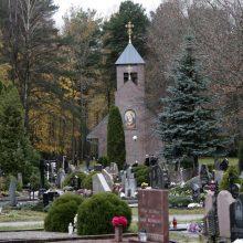 Vietos naujoms kapinėms lygtis – su daugybe nežinomųjų