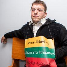 """Ekvadoriečio užpuolikai ir teisme skandavo """"Lietuva – lietuviams"""""""