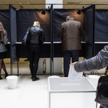 KT nusprendė: tiesioginiai merų rinkimai prieštarauja Konstitucijai