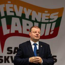 Nepaisant R. Karbauskio siūlymo, S. Skvernelis sako neliksiantis premjeru