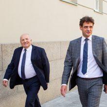 """Griūna """"tvarkiečių"""" frakcija: pabėgo seniūnas ir dar trys Seimo nariai"""