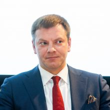 Premjeras sako, kad V. Šapoka turėtų likti finansų ministro poste