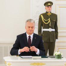 G. Nausėdos komanda meta akmenį į Seimo daržą dėl įstatymų kokybės