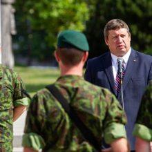Lietuvos gynybai kitąmet numatoma skirti per milijardą eurų