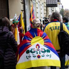 Pikete prie Kinijos ambasados – raginimai atkreipti dėmesį į Tibetą, Honkongą