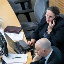 Seimas imasi keisti teisės aktų priėmimą skubos ir ypatingos skubos tvarka