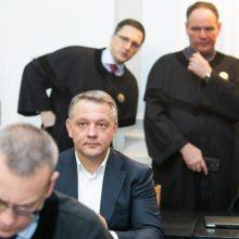 Teismas atmetė prokuroro prašymą grąžinti kardomąją priemonę E. Masiuliui