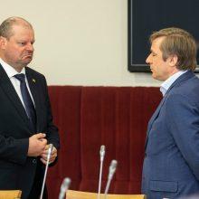 Žiebiasi žodžių karas: R. Karbauskis atsikirto, kad S. Skvernelis nusišneka