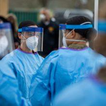 JAV per parą nuo COVID-19 mirė dar 759 žmonės