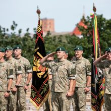 Minint Žalgirio mūšio metines apdovanoti geriausi sausumos pajėgų kariai