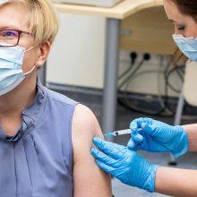 Premjerė: Vyriausybė deda pastangas, kad Lietuvoje būtų gaminama vakcina nuo COVID-19