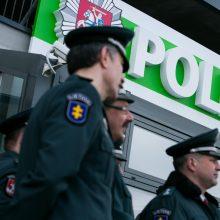 Policija ketvirtadienį sulaukė 365 pranešimų dėl karantino nesilaikymo