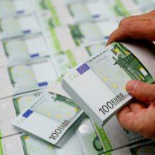 Teismuose – ginčas dėl kontrabanda gabentų 250 tūkst. eurų likimo