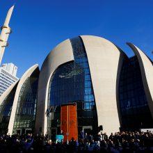 R. T. Erdoganas Vokietijoje atidarė vieną didžiausių mečečių Europoje