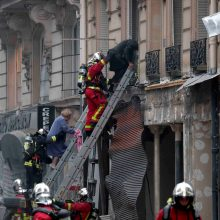 Paryžiaus centre driokstelėjo didžiulis sprogimas, žuvo trys žmonės