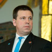 Estijos premjeras atsiribojo nuo komentarų apie tariamas manipuliacijas per Seimo rinkimus
