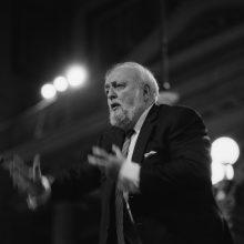 Mirė iškilus lenkų kompozitorius ir dirigentas K. Pendereckis