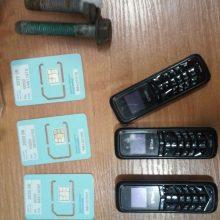 Siuntinuke į kalėjimą – mobilieji telefonai