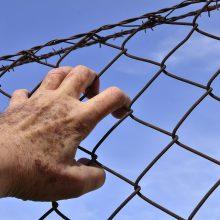 Nuteistieji iki gyvos galvos galės anksčiau išeiti į laisvę
