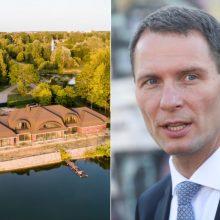 """Ministras: politikai negali kištis į teismų sprendimus dėl Vijūnėlės """"dvaro"""""""